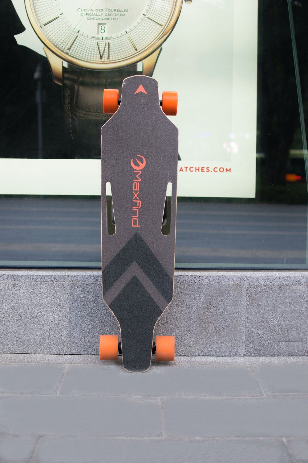 Maxfind MaxB Electric Skateboard with Dual Hub Motor  GearScoot